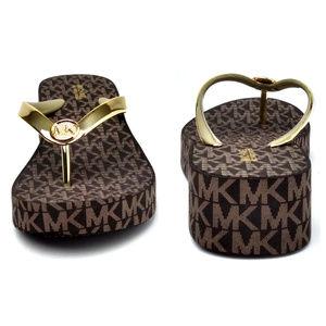 Michael Kors Bedford Flip-Flop Sandals Gold 8M